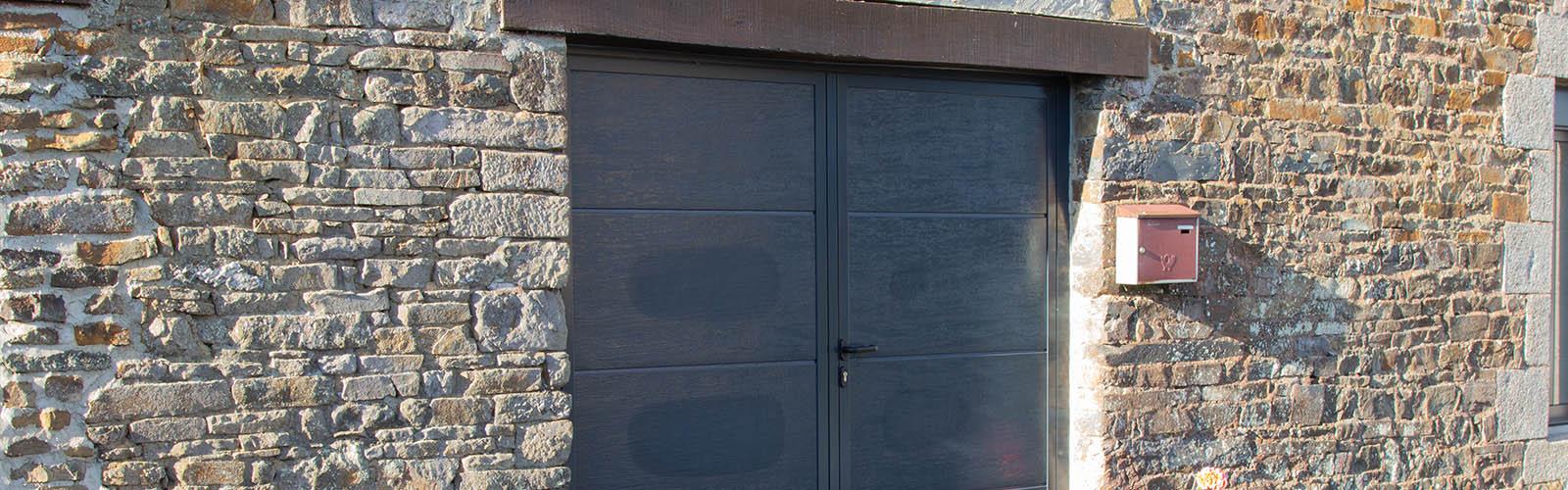 Porte de garage basculante Fermetures du Porhoët